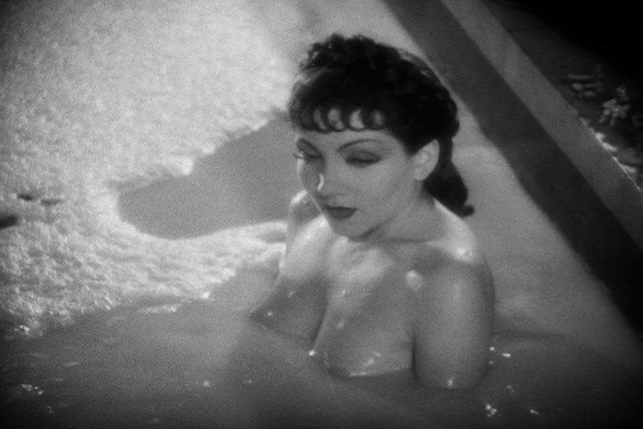Claudette Colbert in <span class=
